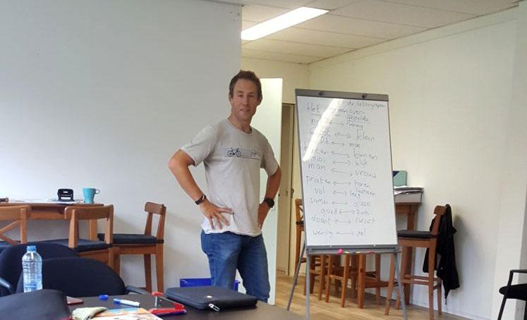 """""""De taalles staat op nr 1, maar het is niet het enige wat we doen""""- Interview met Reint"""